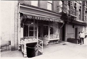 The Vesuvio Bakery, 1996 (photo Alex/Flaming Pablum)