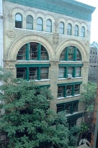 The facade of 80 Wooster Street before the tree was removed