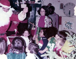 Christmas at SoHo Playgroup, 1970s (photo: Yoshie Mori)
